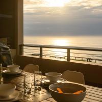 Sunrise Beach View, hotel in Westbrook