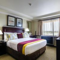 Cresta President Hotel, отель в городе Габороне