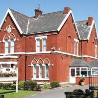 Barton Villa, hotel in Dukinfield