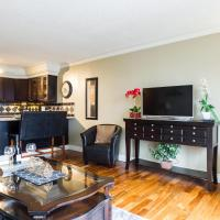 Elegant 1 Bedroom- 1 Bath Executive Condo in the Downtown Core - Free Heated Underground Parking!
