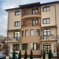 Casa Famous, hotel in zona Aeroporto Internazionale di Iași - IAS, Iaşi
