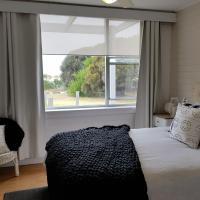 Beach Hut Scamander, hotel em Scamander
