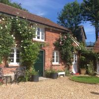 Stable Cottage, hotel in Enford