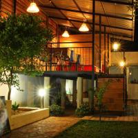 Olivi Palace, hotel in Udawalawe