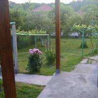 "Къща за гости"" Веси Ем"", hotel in Kmetovtsi"