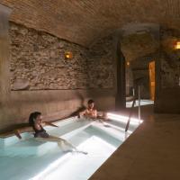 Balneari Termes Victòria, hotel in Caldes de Montbui