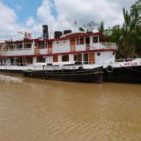Amazon Boat Hotel