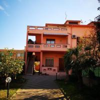 Casa Daniela, hotell i San Giovanni Suèrgiu
