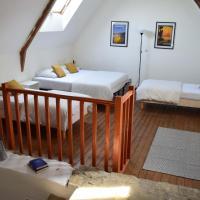 Le Manoir des Doyens Loft Apartment - Sleeps 8