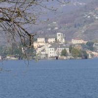 Guesthouse San Giulio, hôtel à San Maurizio d'Opaglio
