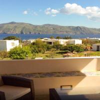 Le Terrazze di Salina - sulla spiaggia di Lingua, Santa Marina Salina, hotel in Lingua