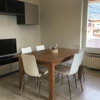 Appartamento Villa Isabella, hotell i Assenza di Brenzone