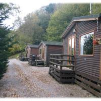 The Raddle Inn Log Cabins