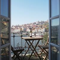 Porto View by Patio 25