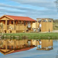 Balmoral Studio Lodge, hotel in Ellesmere