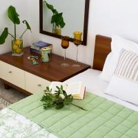 INSPIRATION Guestroom with Amazing Roof Garden