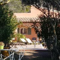 PIERRES BLANCHES, hotel in Cotignac