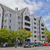Hotel Give, hotel in Christchurch