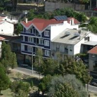 Hotel Leder, hotel em Kocani