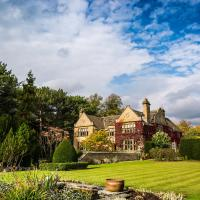 Fischers Baslow Hall - Chatsworth, hotel in Baslow