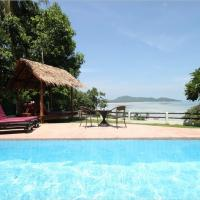 3 Bedroom Seafront Villa Island View