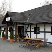 Park Leśny 'U Kaczyny' – hotel w mieście Rogów