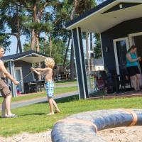 Lodge 4 personen camping de Molenhof