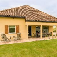 Modern Holiday Home in Aquitaine country with Swimming Pool, hotel near Bergerac Airport - EGC, Saint-Nexans