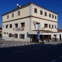 Hotel Carvajal, hotel in Torrejón el Rubio