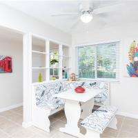 Remodeled Artistic close to everything, hotel in Roseville