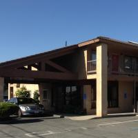 Valley Harvest Inn, hotel in Soledad