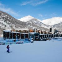 Hotel Rivè - Complesso Turistico Campo Smith, hotel in Bardonecchia