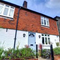 Stunning Holiday Home in Robertsbridge with Private Garden