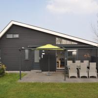 Cosy Bungalow in Kattendijke near the Dutch Coast