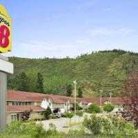 Super 8 by Wyndham West Kelowna BC, hotel in West Kelowna