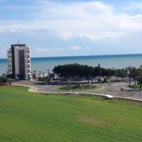 The Mackenzie View, hotel near Larnaca International Airport - LCA, Larnaka