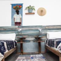 Mayas Nest, hotel sa Nagcarlan