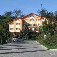 Hotel Flora, hotel din Drobeta-Turnu Severin