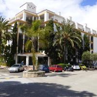 Jardines de Artola Apartment