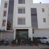 a2zroomz Hotel Nangi's Pride, hotel near Jaipur International Airport - JAI, Jaipur