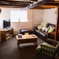 Pike Cottage, Fully Equipped Property Set on the River Deben, A Great Place to Stay