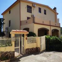 Old style flat, hotel in Nebida