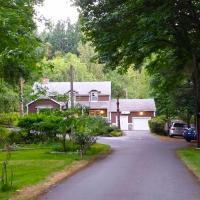 Malahat Bungalows Motel
