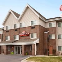 Hawthorn Suites By Wyndham Oak Creek/Milwaukee Airport, hotel in Milwaukee