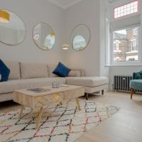 Modern 3 Bedroom Flat in West Hampstead