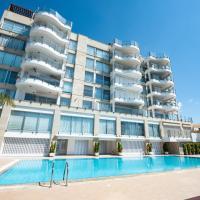 Ammos Beach Apartments, hotel in Limassol