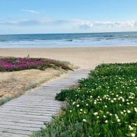 Hostal Playa, hotel u gradu 'Punta Umbria'