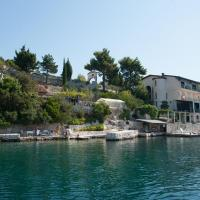 Apartments and rooms by the sea Klek, Neretva Delta - Usce Neretve - 16975, hotel in Opuzen
