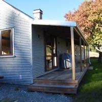 Mount Cook Station Shearers Quarters Lodge, hotel in Lake Tekapo