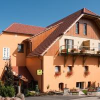 Hotel Neuhauser, hotel in La Broque